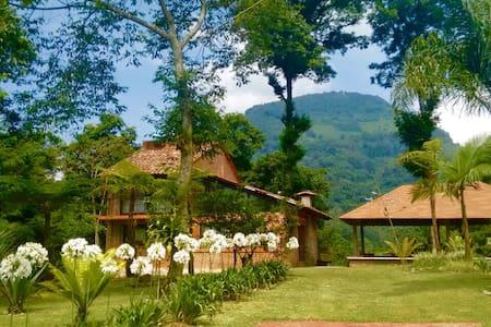 Cabaña El Pino - Monte Blanco - Cabin