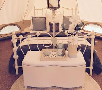 Luxury Glamping - Alice Bell Tent - Oxford