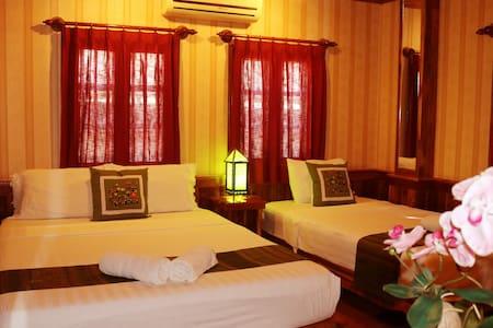 Standard Triple Bedroom - Casa