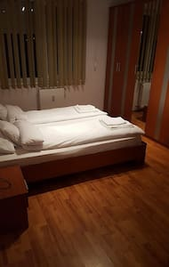 Elite Apartment/Accomodation Oradea - Oradea - Huoneisto