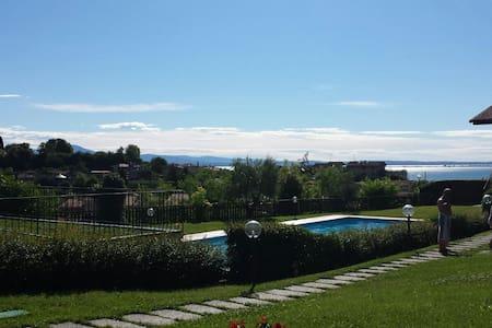 Casa in Residence con Piscina e Giardino Privato - Padenghe Sul Garda - Radhus