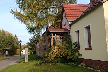 Forsthaus Großmenow - Pis