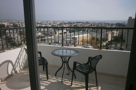 2-Bdr Apartment with amazing view - Huoneisto