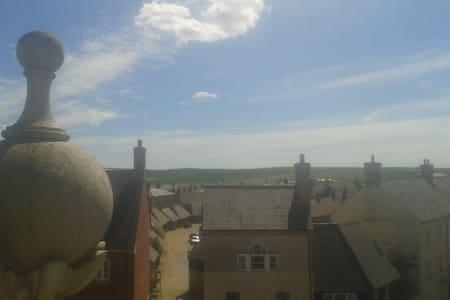 Beautiful panoramic views - Poundbury - Huoneisto