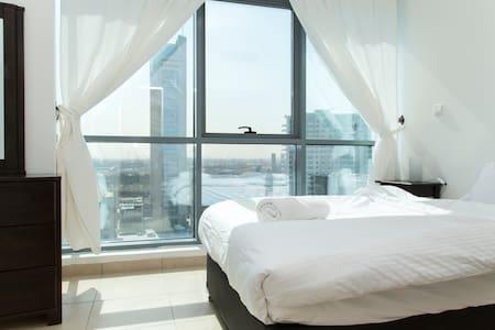 Stunning 3 Bed Marina Apartment - Dubai - Appartamento