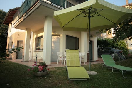 Casa Gaia in Franciacorta between Brescia and Iseo - House
