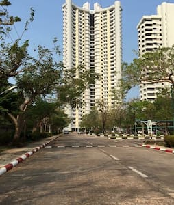 Beach front condo for rent - Kondominium
