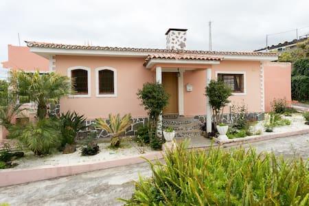 Habitación individual /doble - Los Realejos - Bed & Breakfast