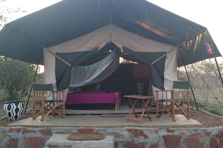 Cosy twin ensuite tent with meals.