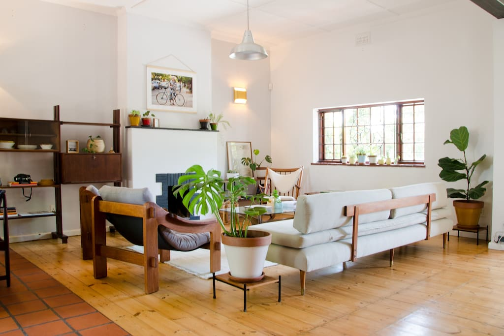 f6eb55da 9c0e 4681 b2dd e4f9a8d1616c - Top 10 AIRBnB Stays- Cape Town