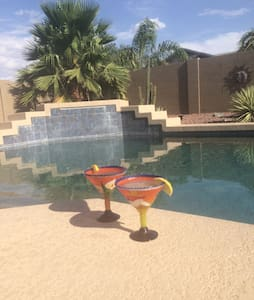 Your own desert oasis private pool - Casa