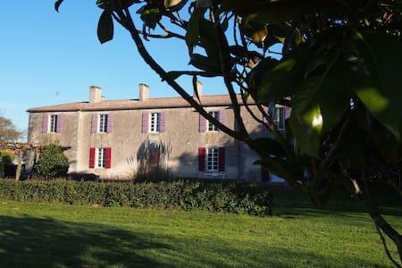 Jolly Château - Urlaub, Yoga, Surfen - Vendée