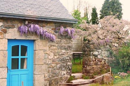 Petite maison en Presqu'ile de Crozon - Telgruc-sur-Mer