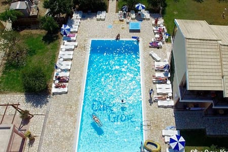 Olive Grove Resort2 - Flat