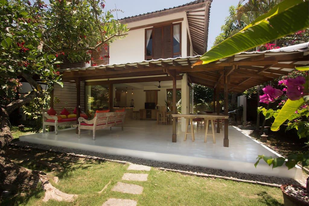 Villa Sarah - Seminyak Beach