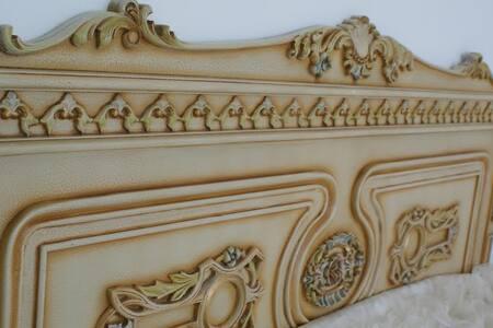 Tarihi Rum evinde Klasik mobilyalı - Muğla Merkez - House