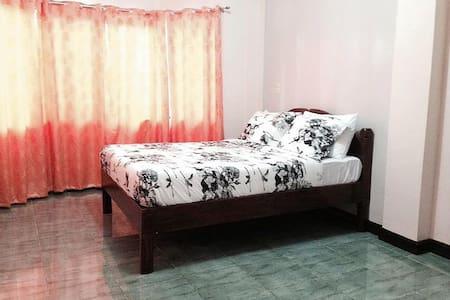 Malapascua Island, Rental House - Daanbantayan - Casa
