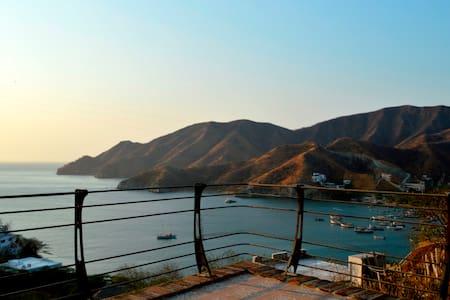Beach House Ocean view+Pool Taganga - House