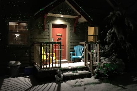 Christmas at The Bears Den - Parksville - Cabin