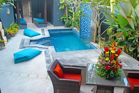 Spacious Private Luxury Villa & Pool - Kuta - Villa