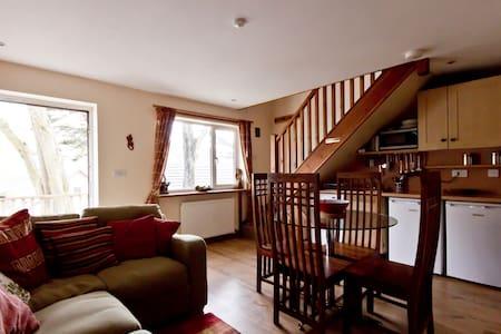 4 berth 2 bedroom house in Porthtowan, Cornwall - Casa