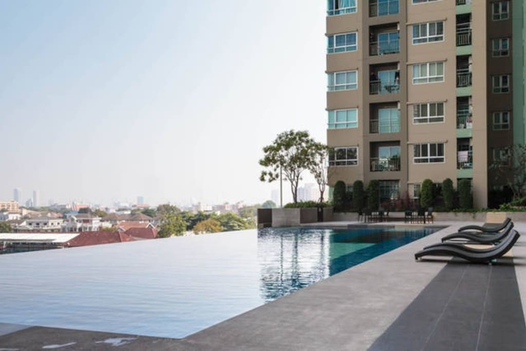 1BD+SOFABED TEMPLES KHAOSAN POOL!