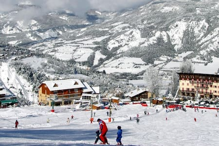 Studio Station de ski du Sauze - Enchastrayes