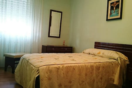 Cheap room in Tarazona - Wohnung