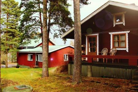 Naantalin Kapteeni: Sauna hut - Cabin