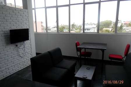 Super Studio Apartment Close to Beach and Galle Rd - Dehiwala-Mount Lavinia - Wohnung