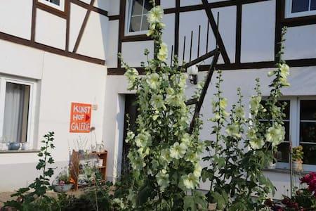 Landhaus LIWET - Rosensuite - Haus