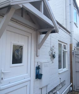 Beautiful Studio Apartment Sheringham - Flat
