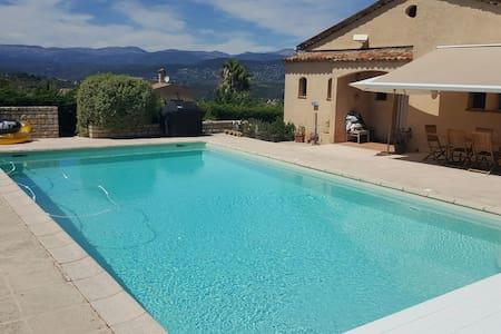 Belle Villa ,piscine ,proche Cannes - Tanneron - Villa