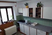 Schönes gemütliches Zimmer mit Küche