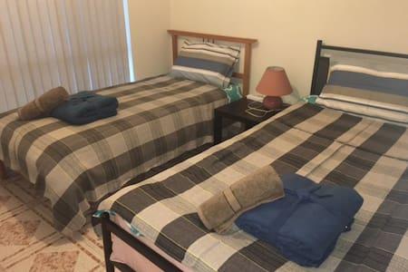 102两张单人床房 - Hurstville - Villa