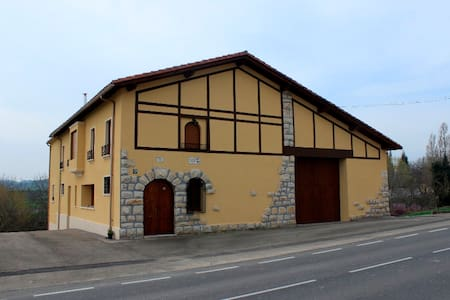 Casa rural para 8 personas - Haus