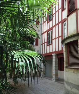 T2 40m2, centre historique - Apartment