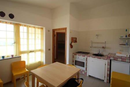Delizioso appartamento sul mare in Sardegna - Townhouse