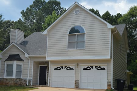 Beautiful Home in Beautiful Neighborhood near Atl - Conyers - Apartment