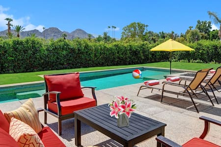 30-LOVE  -  walking distance to the TENNIS GARDENS - Indian Wells - Huis