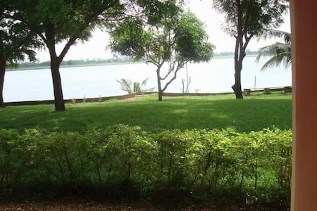 Paradise at the Volta river - Bungalow