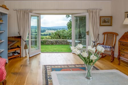 Luxurious hideaway near Axminster and Lyme Regis - Axminster