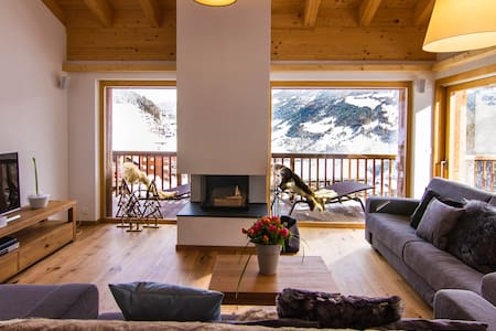 Stunning Duplex of 207m2 with view - Chalet