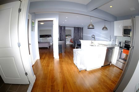 Amazing & Clean NYC Private Room 1 BD by #1 Train - Μπρονξ