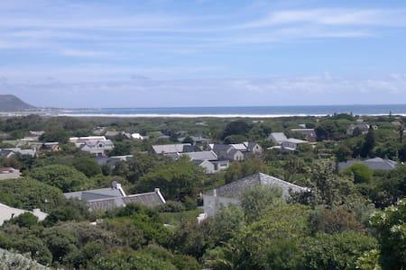 Sea View Cottage - Cape Town