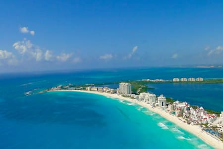 1 Bedroom Condo at Krystal Resort in Cancun for 6 - Cancun - Condominio