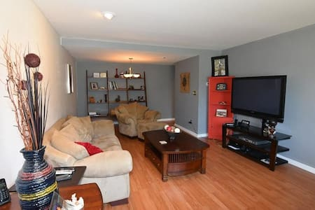Spacious Cozy Condo - Columbus - Appartement en résidence