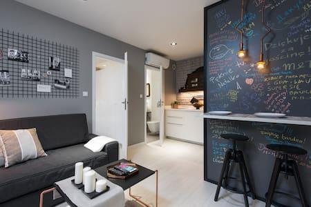Designer apartment, Jewish district - Appartamento