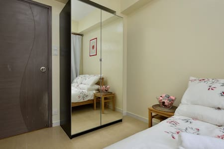 Big&New 3 BR, HK Island Apartment - Hong Kong - Apartment