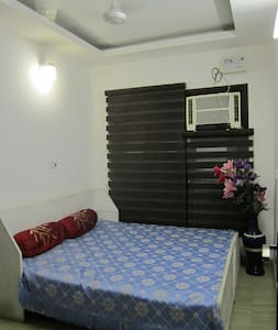 Room type: Entire home/apt Bed type: Real Bed Property type: Apartment Accommodates: 2 Bedrooms: 1 Bathrooms: 1.5